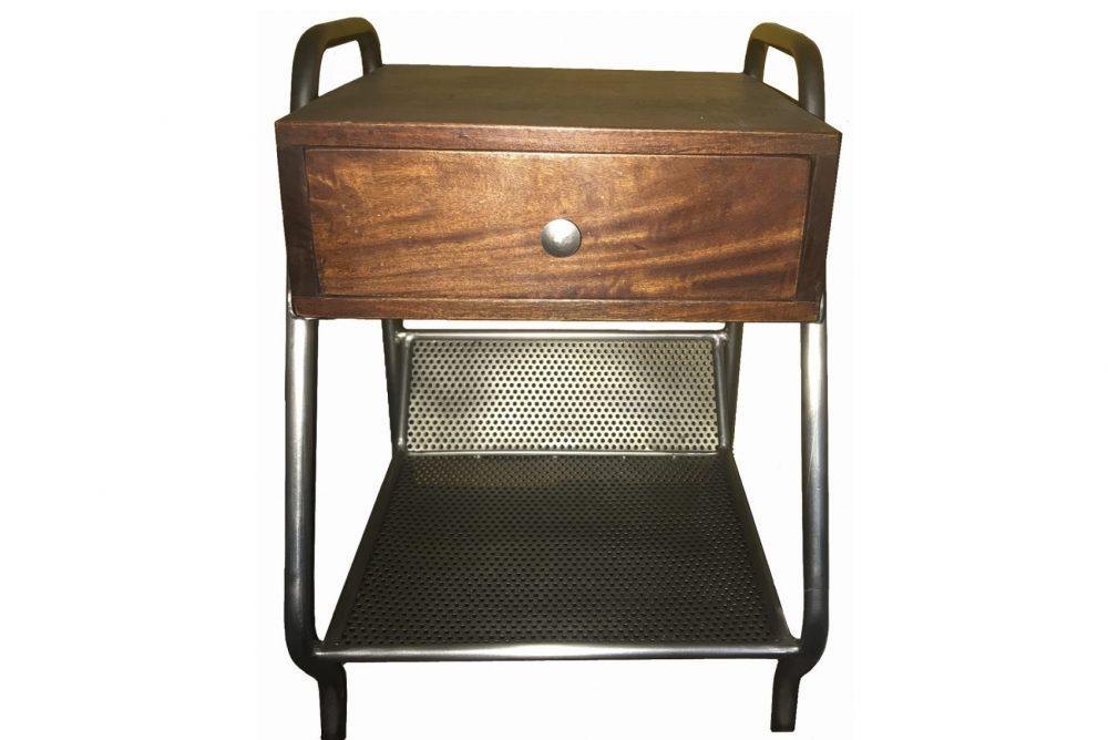 table de chevet vintage conçu en bois et métal