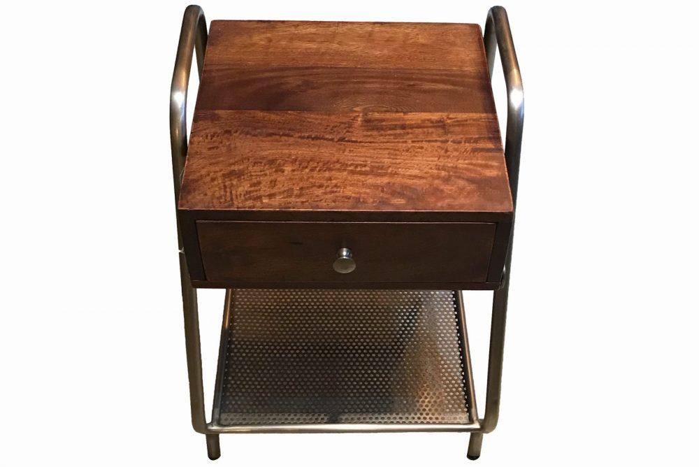 table de nuit en bois et métal, design industriel