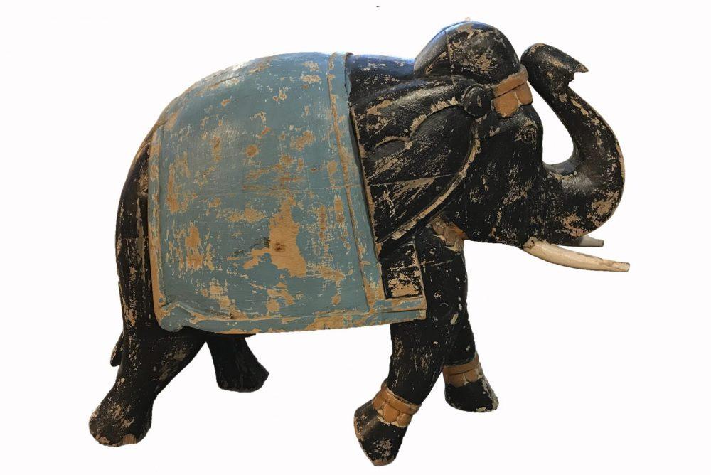 Sculpture elephant en bois
