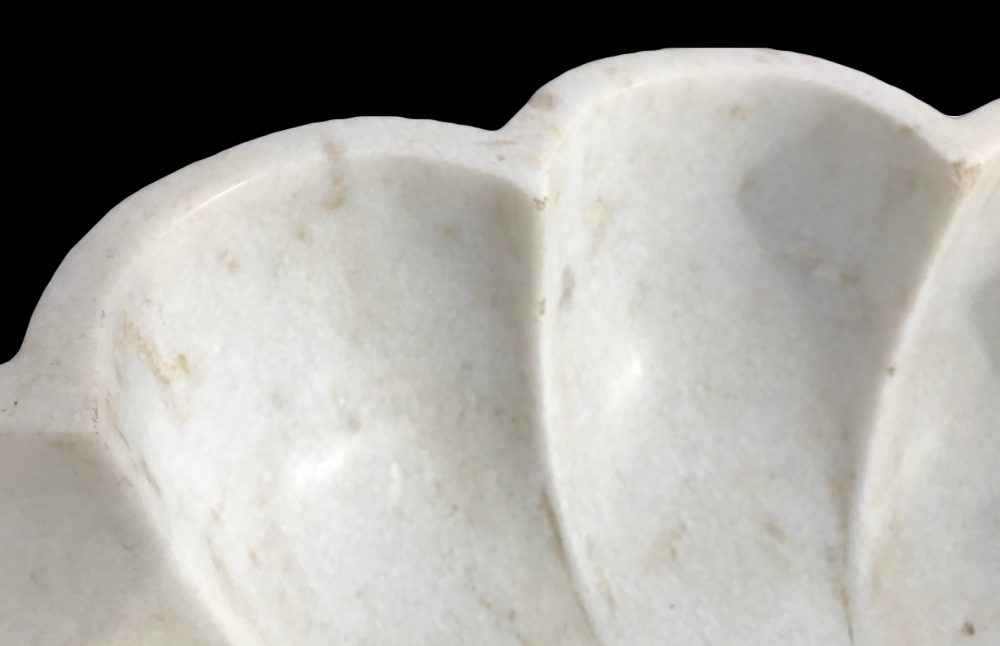 plateau en marbre blanc poli
